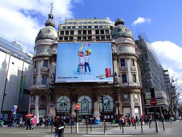 Skuteczność reklamy tradycyjnej w formie banerów reklamowych